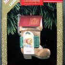 1992 Hallmark Chris Mouse Tales Christmas Ornament with Magic Light in Box