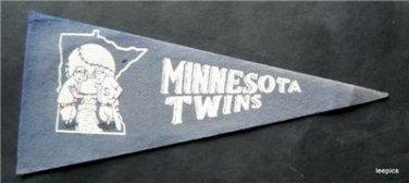 """Vintage Minnesota Twins Blue Felt Mini Baseball Pennant 9"""" x 4"""" Faded"""