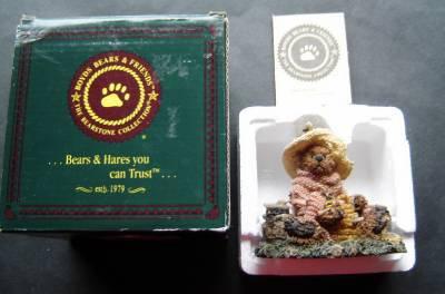Boyds Bears & Friends Bailey Honey Bear #02260  40E / 1600 1994