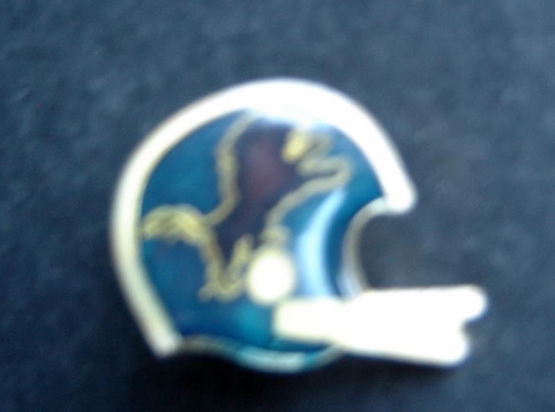 "Detroit Lions NFL Football Helmet Pin 1"" Diameter Tack Back"