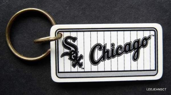 "Chicago White Sox Plastic Key Chain Tag Express MLB 1992 2 1/4"""