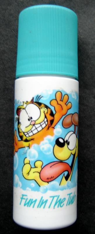 Garfield the Cat Roll On Decorating Body Cleanser Soap Blue Fun in the Tub Avon