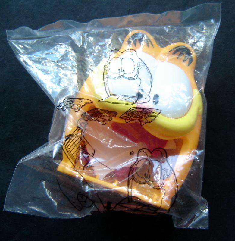 Garfield the Cat Burger King Down the Hatch Launcher Premium Toy Sealed in Bag