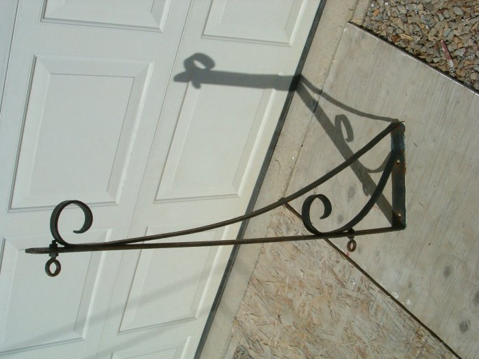 Cast Iron Sign hanger from Cattle Farm