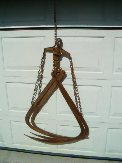 Cast Iron & Steel Tine Grappling Hooks For Moving Hay