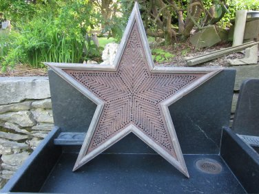 Vintage Folk Art Star design