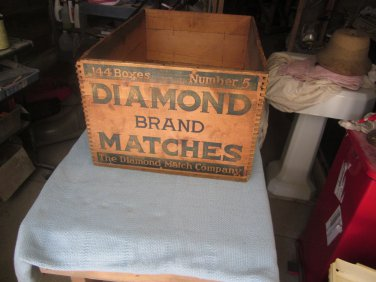 Vintage Diamond Matchbook Advertising Box