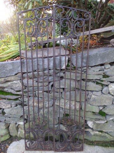 Vintage Steel gate Set