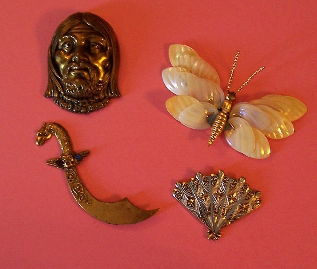 Lot 4 antique jewelry pieces and metal stampings for altered art assemblage and crafting