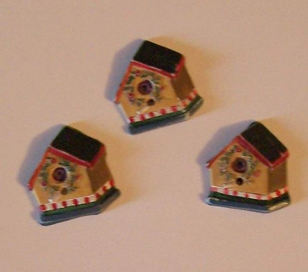 3 painted birdhouse buttons for crafts green and red