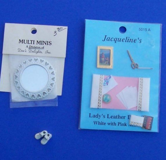 Dollhouse Miniatures Ladys desk set mirror babyshoes scissors book MIP