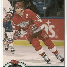1991/92 Topps Stadium Club hockey card #81 Steve Yzerman NM/M Detroit Red Wings