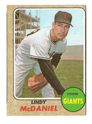 1968 Topps baseball card #545 Lindy McDaniel Ex (miscut) San Francisco Giants