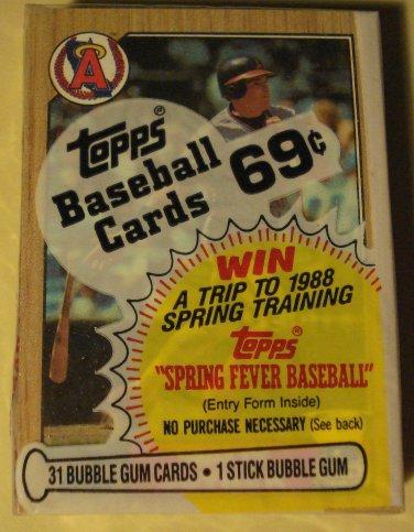 Unopened 1987 Topps Cello baseball card pack - Wally Joyner on top