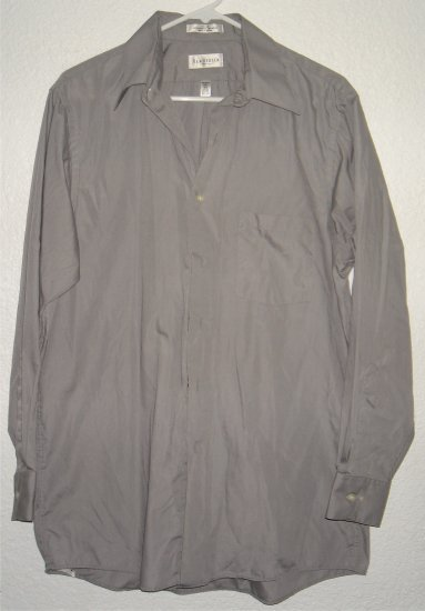 VanHeusen button front shirt sz Medium 15 15-1/2 00228