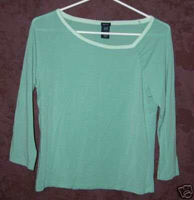 GAP stretch shirt sz Medium 00583