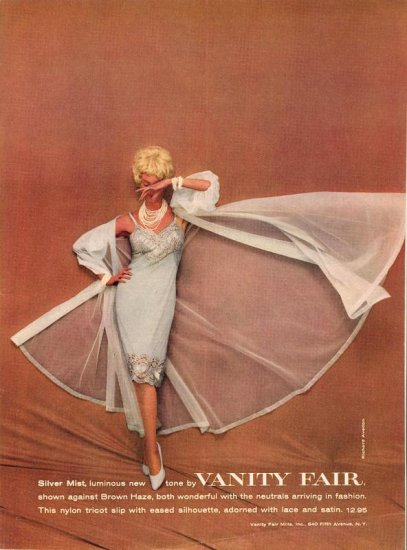 Vintage 1959 Vanity Fair Night Gown Avedon Color Photo AD