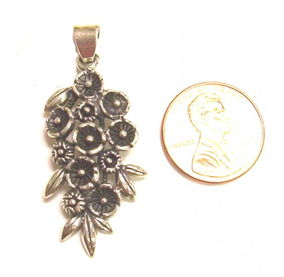 Sterling Silver Women Pendant Round Flower