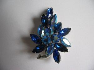BLUE LEAF BROOCH