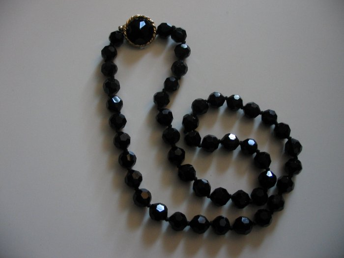 BLACK JET BEAD NECKLACE