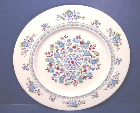 Royal Doulton England china dinner plate Plymouth porcelain 1973 dinnerware TC 1105