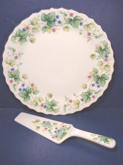 Andrea by Sadek cake plate and server in box porcelain dinnerware, Vineyard berries Japan