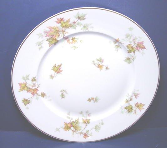 HAVILAND LIMOGES CHINA AUTUMN LEAF GOLD TRIM FRANCE DINNER PLATE PORCELAIN DISH 10 ¼�