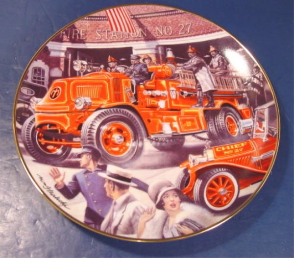 MACK BULLDOG FIRE ENGINE TRUCK PLATE NATIONAL FIRE MUSEUM PORCELAIN CHINA DISH FRANKLIN MINT Y9830
