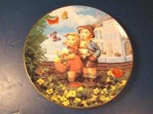 Surprise M. J. M. I. Hummel plate 1992 Goebel kids butterfly Little Companions Danbury Mint box COA
