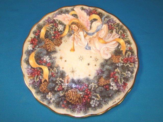 Lena Liu Rejoice plate holiday angel Christmas wreath porcelain china 1995 Bradford Exchange box COA