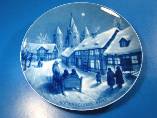 Royale Blue Winter China plate Germany Midnight Mass at Kalundborg Church Denmark Christmas 1970