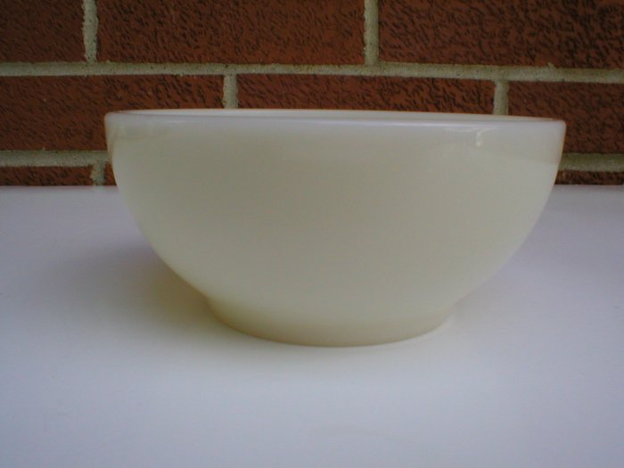 Set of 6 vintage Ivory Soup or Cereal Glass Fireking Bowls Fire King