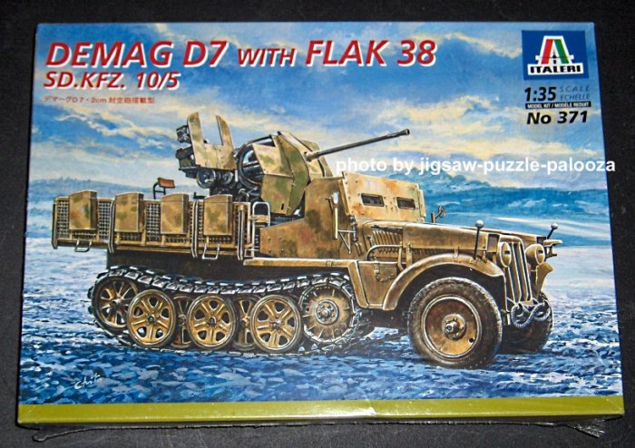 Italeri Demag D7 with Flak 38 SD.KFZ. 10/5 1:35 Scale Plastic Model Kit 371 SEALED