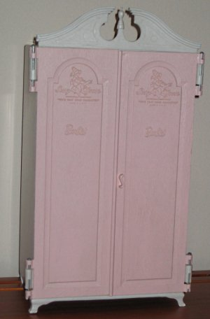 SOLD - Barbie Susy Goose Armoire / Wardrobe - 1964