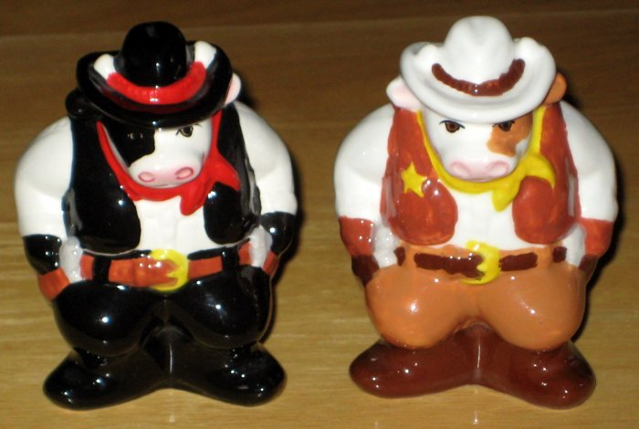 Wild West Ceramic Salt & Pepper Shaker Set Cows Cowboys Sheriff Outlaw Clay Art
