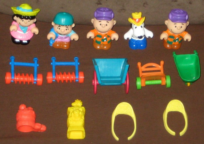 a02d10b7d0 SOLD McDonald s Happy Meal Toys Lot Peanuts Gang Snoopy Charlie Brown Linus  Lucy Woodstock Farm Set