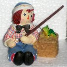 Raggedy Ann & Andy Enesco Figurine Fishing 677809 Joy and Love Are Truly Catching NIB