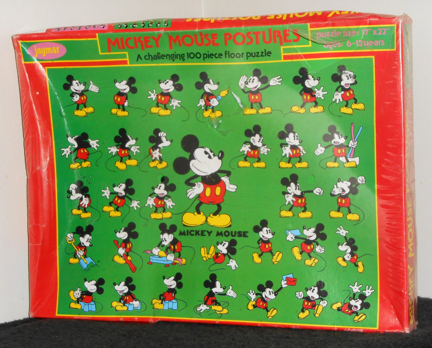 Mickey mouse postures 100 piece jigsaw floor puzzle jaymar for 100 piece floor puzzles