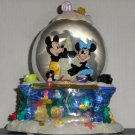 Disney Mickey Minnie Mouse Musical Water Snow Globe Waterglobe Snowglobe By the Beautiful Sea 18703