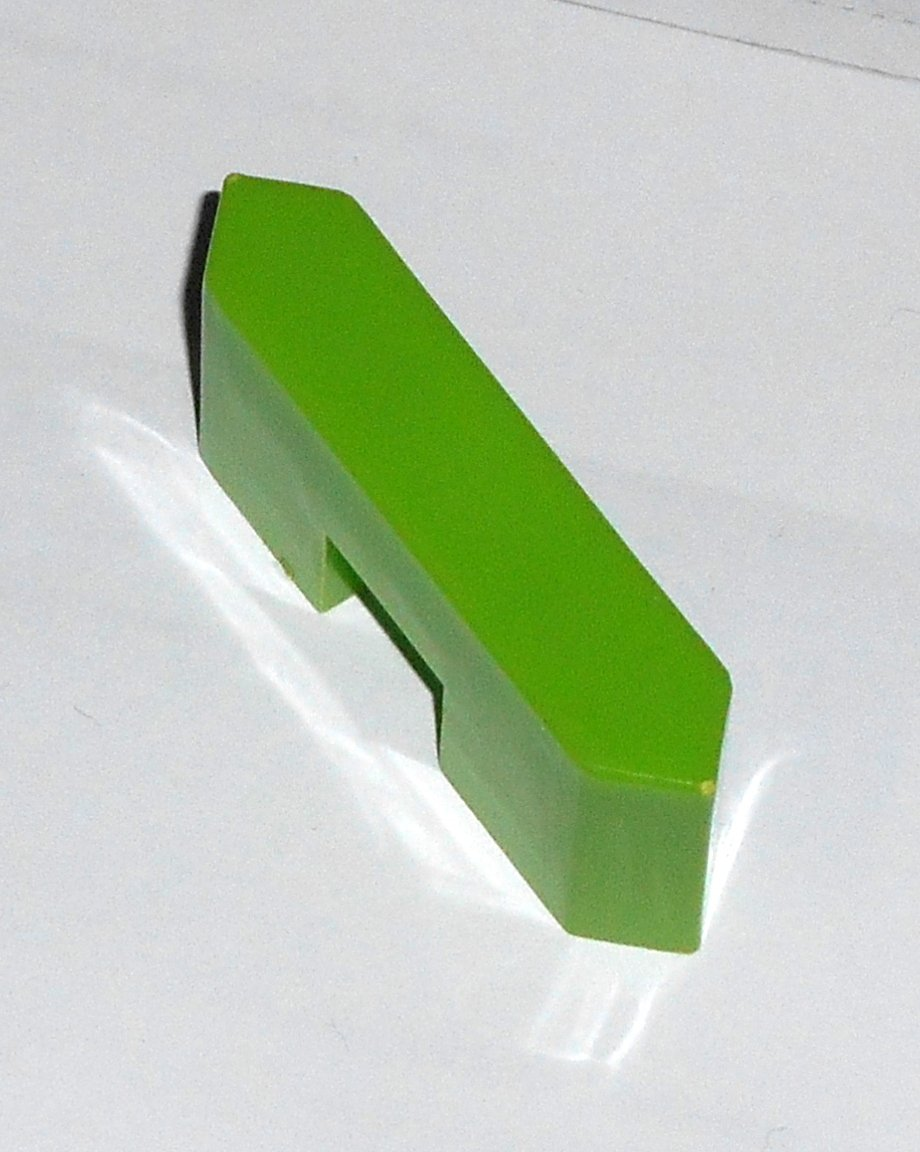 #7G Vintage 1975 Superfection Game Green Replacement Shape Part Block Piece Lakeside 8375