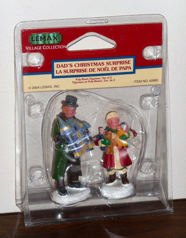 Lemax Christmas Village Collection 42880 Dad's Christmas Surprise Polyresin Figurines 2004 NIB