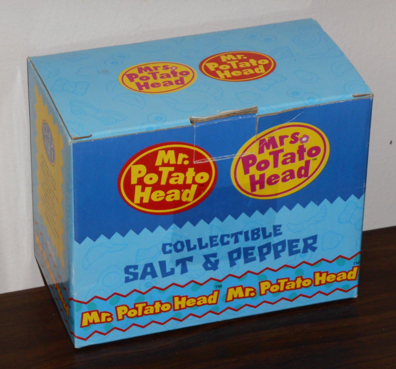 Mr & Mrs Potato Head Ceramic Salt & Pepper Shaker Set 2802 Clay Art 1998 NIB