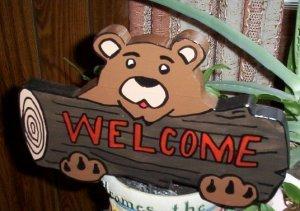 Bear welcome garden sign