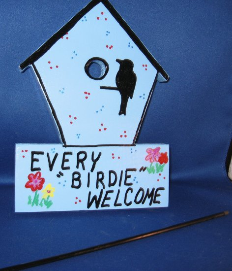 Every Birdie Welcome Wood Garden Sign