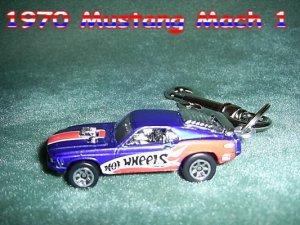 1970 MUSTANG MACH 1 CAR  KEYCHAIN & SWIVEL CLIP (FREE SHIPPING)