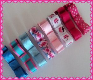 8 Super Sweet hair bow clippies ...cupcake,solid, polka dot,argyle and stripes ..... NON Slip