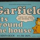 GARFIELD Sits Around the House Book 7 by Jim Davis (1983, Paperback)