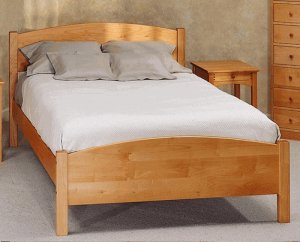 All Natural Solid Maple Classic Queen Platform Bed by Pacific Rim