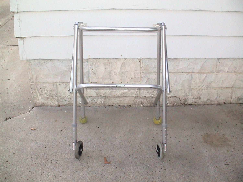 Sunrise Medical Lumex walker model 7722