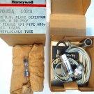 HONEYWELL C7035A1023 Minipeeper U.V. Flame Detector